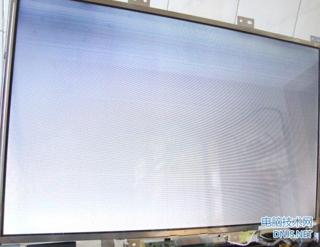 显示器白屏