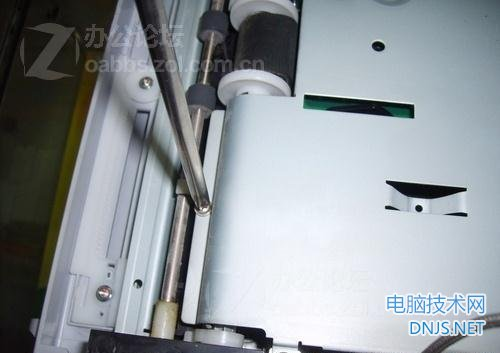三星scx-4200一体机更换搓纸轮 图文详解图片14