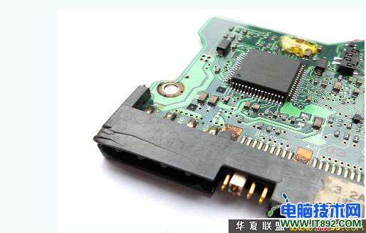硬盘的电源针脚断了后的修复方法
